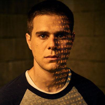 Character-S01-Trevor_Holden3.jpg