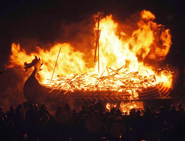 Burning boat whole 1566933i
