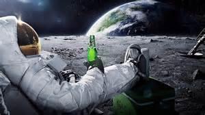 astronaut_relaxes.jpg