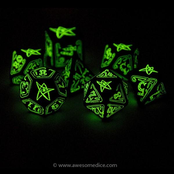 cthulhu-dice-glow-dark-600x600.jpg