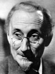 Dr. Cyrus Llanfear