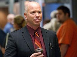 Detective Carl Hodges