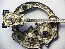 Brooch of the Advance