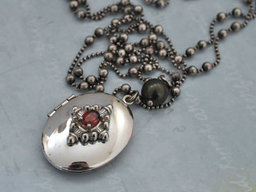 Locket of Hunger