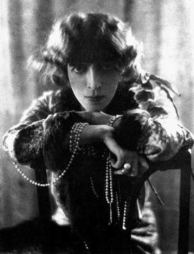 8. Mabel Lamarre