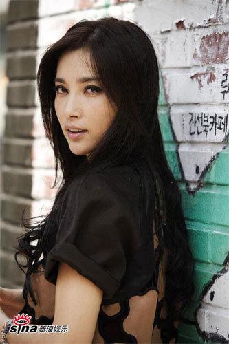 Emiko Lang