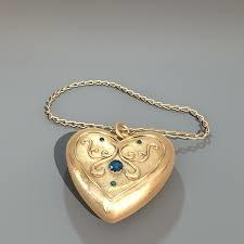 Amulet of Affection