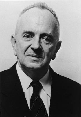 Dr Miles Avilan