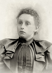 Ms. Edna St. George, Gangrel Sheriff