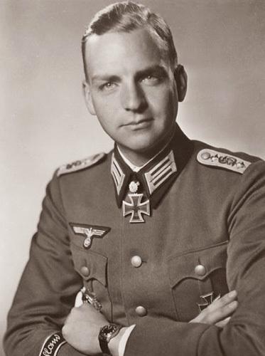 Jonas Ackermann