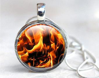 Wisiorek ognia