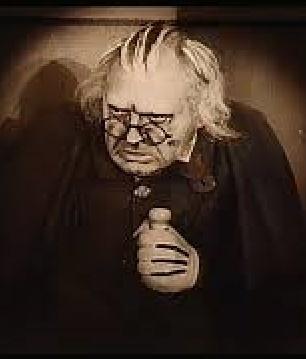 Dr. Ricardo Caligari