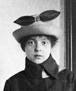 Leszák Olga