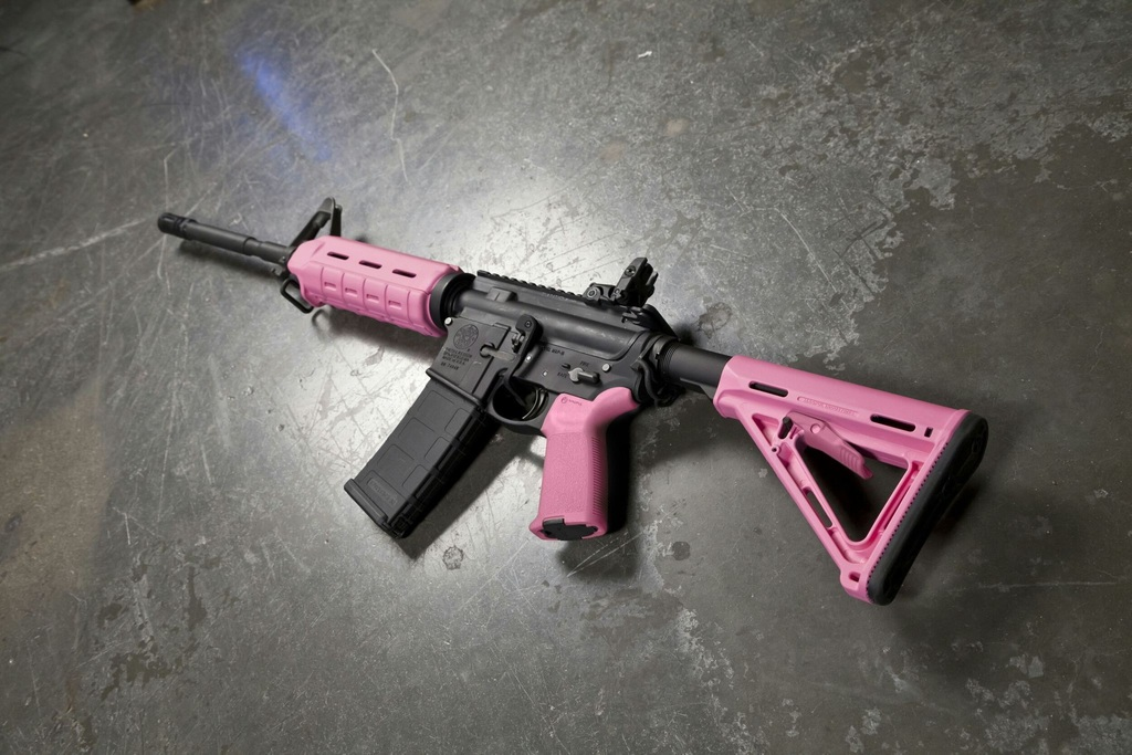 Pink M16