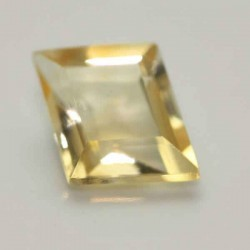 Pale Yellow Lozenge Ioun Stone