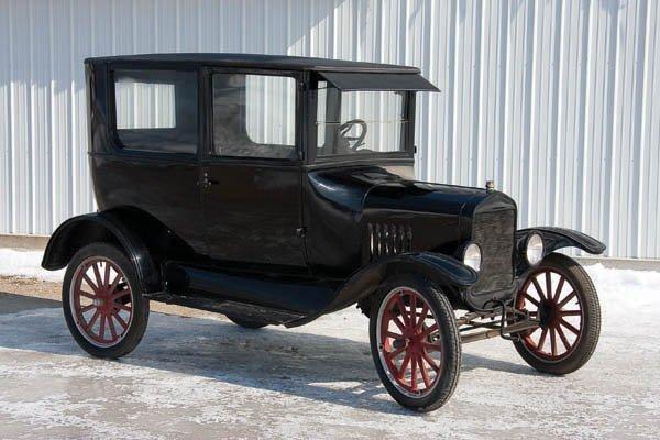 1923 Model T Two-Door Sedan