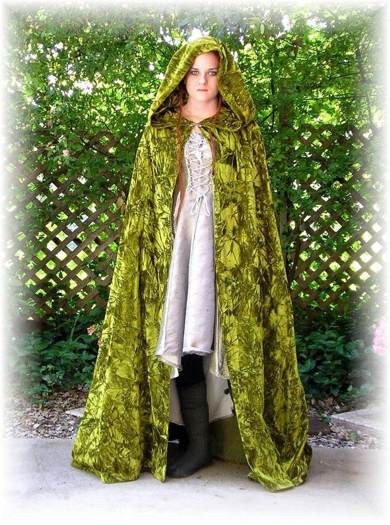 Cloak of Thorns