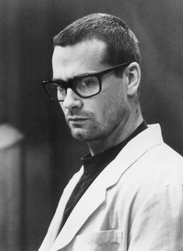 Dr. Jonathan Brisby