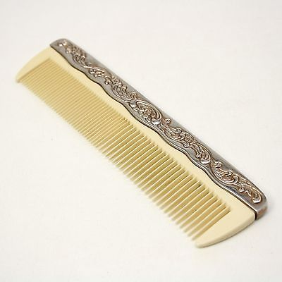 Bladed Comb