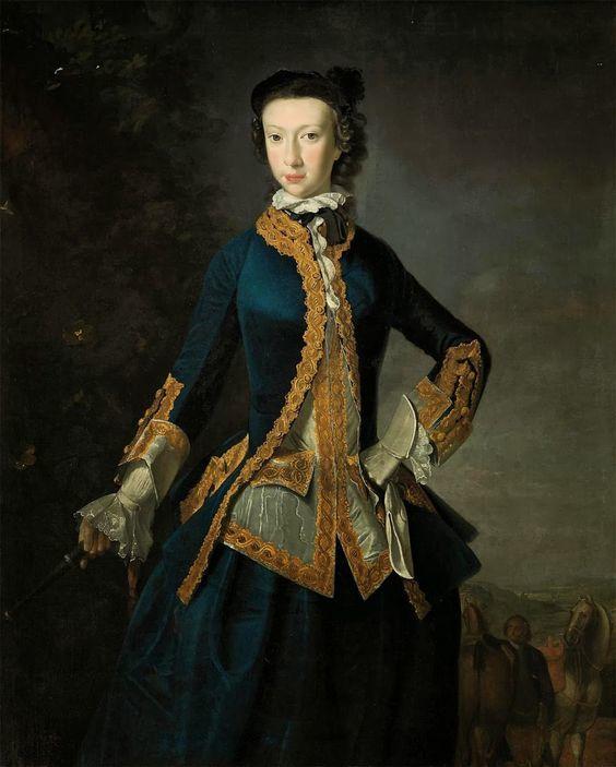 Ann-Nicola Bergasse Dupetit Thouars