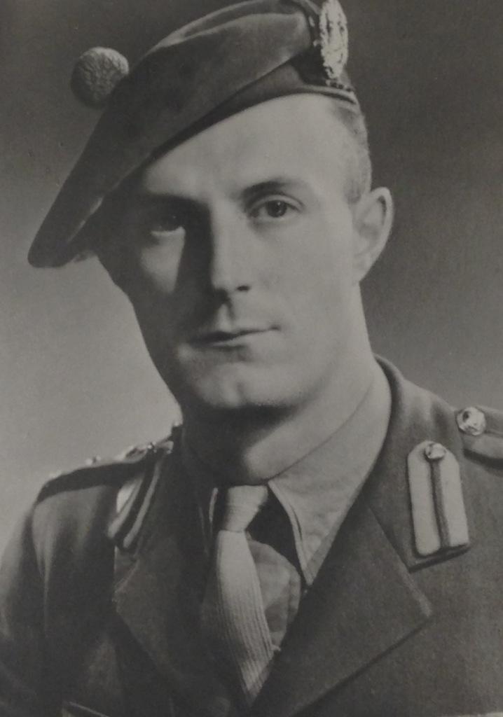 Lt.-Cmdr. Quentin Riley