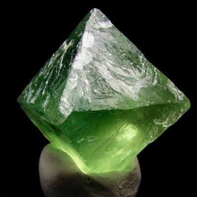 Olive Heptahedron ioun Stone