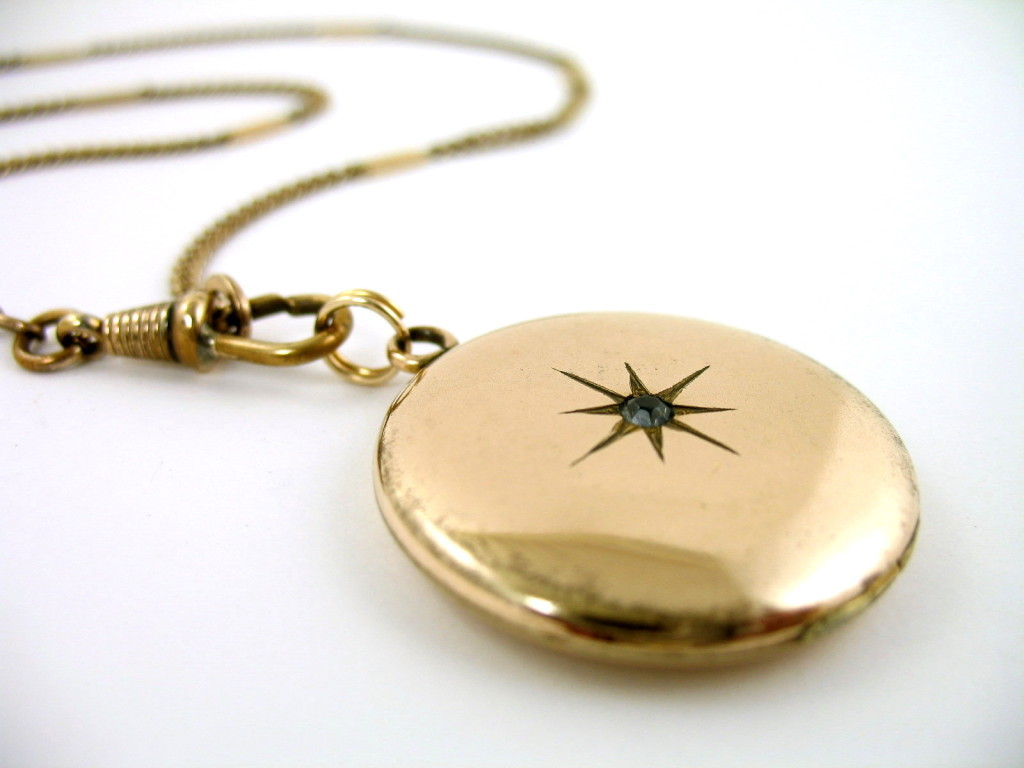 Day-walker Locket