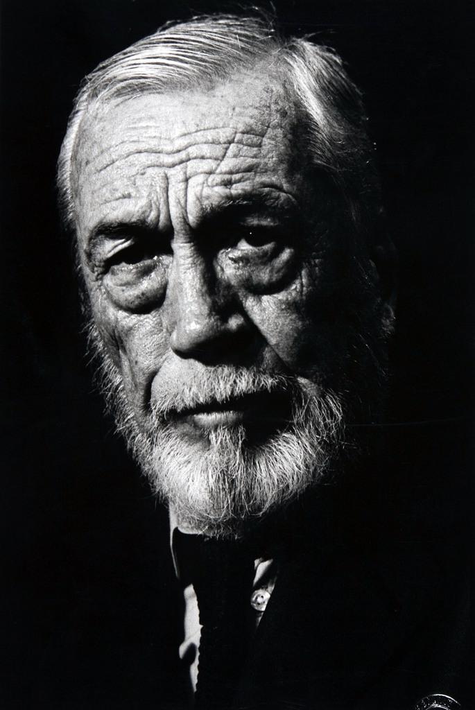 Dr. Robert Houston