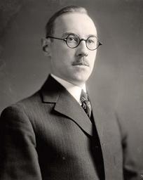 Edmund Pewterschmidt