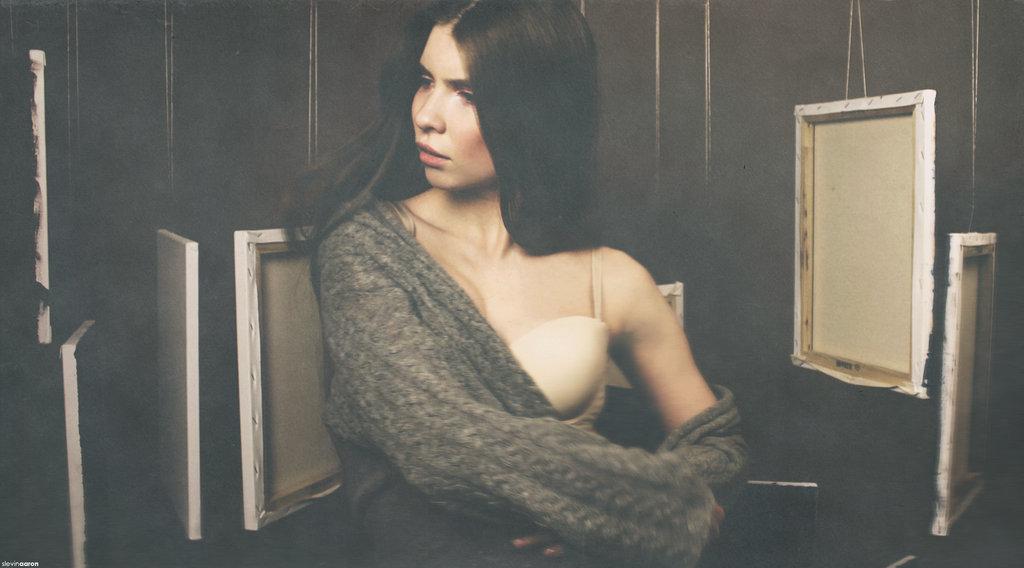 Nikki Moore- Naia
