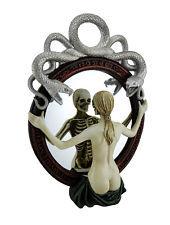 Mirror Pain