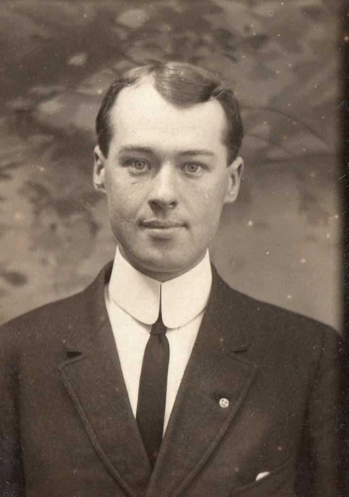 Lieutenant Bradley McFarlane