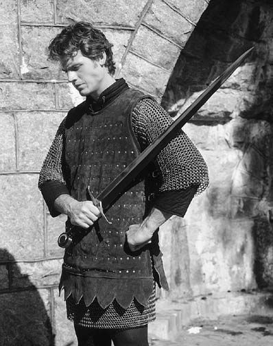 Cyrni, Knight of Newton
