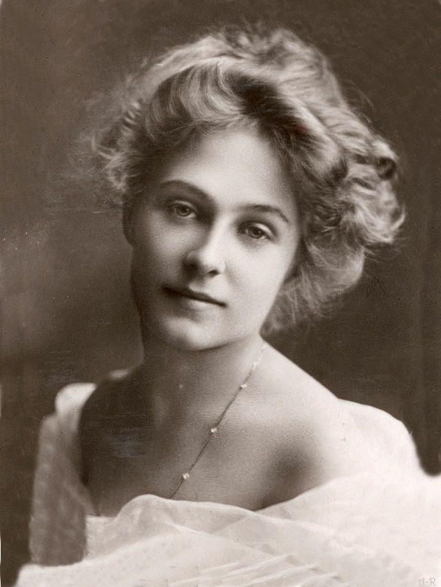 Claire Du Boise