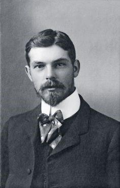 Carlton Hayes