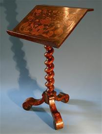 Oromund's Bookstand