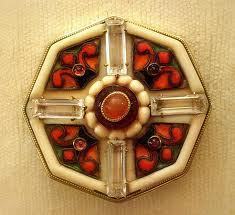Gold and Carnelian Brooch