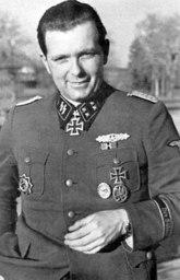 Sturmbannführer Maximillion Schuster