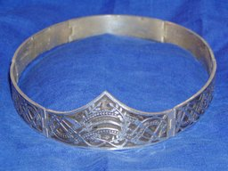 A tarnished silver circlet