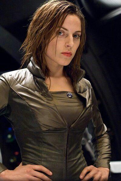 Lieutenant Tatzel Holden