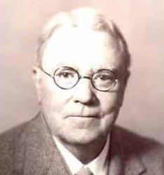 Dr. Cyrus Llanfer
