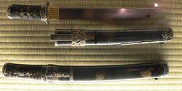 Tantō (短刀)