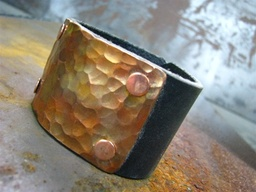 Item, power (Tommy) - Bronze Cuff