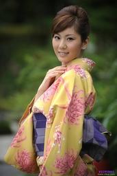 Kyoko Akito 慊人 杏子