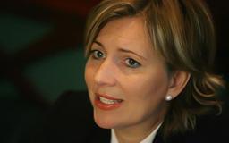 Ellen Harkin