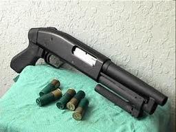 """Mossberg """"Super Shorty"""" Assault Shotgun"""
