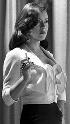 Leonor Mandrake