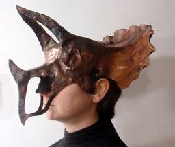 Tri-horn Helm
